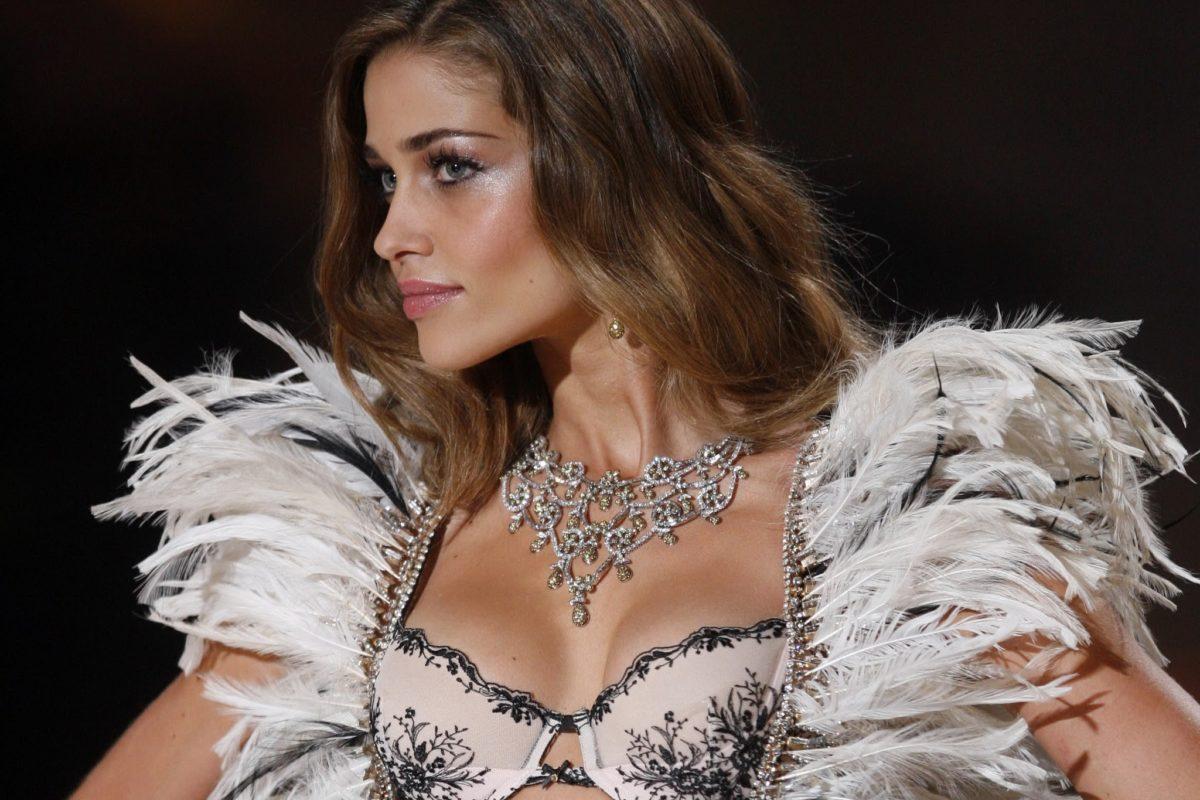 Victoria's Secret Fashion Show. Moda bliżej ciała