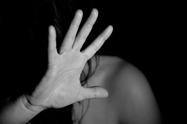 16 dni przeciw przemocy wobec kobiet. Jak założyć niebieską kartę?