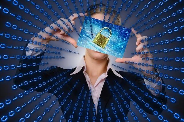 Kradzież tożsamości – wywiad z Aliną Stahl, rzecznikiem prasowym Biura Informacji Kredytowej